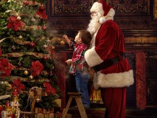 Christmas Portraits with Santa WV