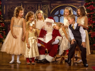 Children Pictures with Santa WV