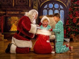 Magical Santa Pictures Wheeling WV