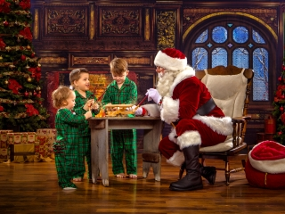 Interactive Santa Claus Photography Session WV