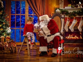 Ohio Valley Pictures with Santa Claus