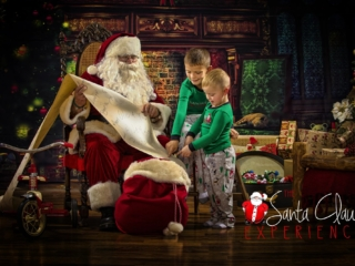 Santa Claus Photographer Wheeling WV